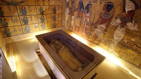 PBS NewsHour -- Could Queen Nefertiti be hidden behind King Tut's tomb?