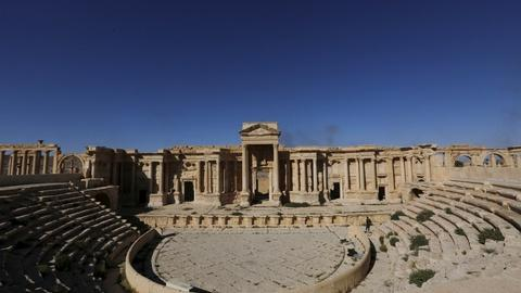 PBS NewsHour -- As ISIS loses ground, scholars return to historical sites
