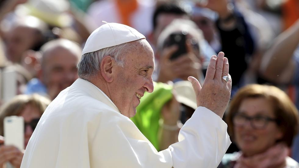 Will Pope Francis's manifesto on family bring change? image