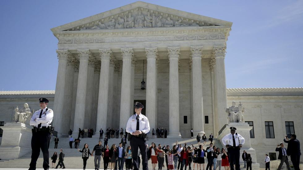 Supreme Court weighs presidential power in immigration case image