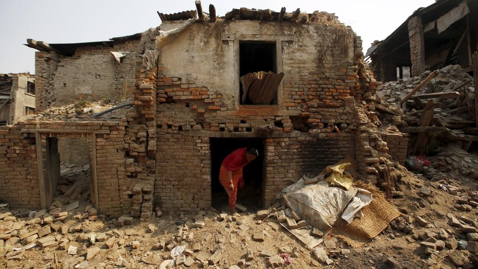 How politics got in the way of needed Nepal earthquake aid image