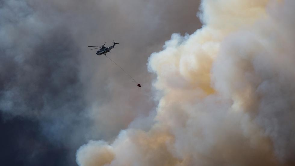 Growing wildfire in Canada displaces tens of thousands image