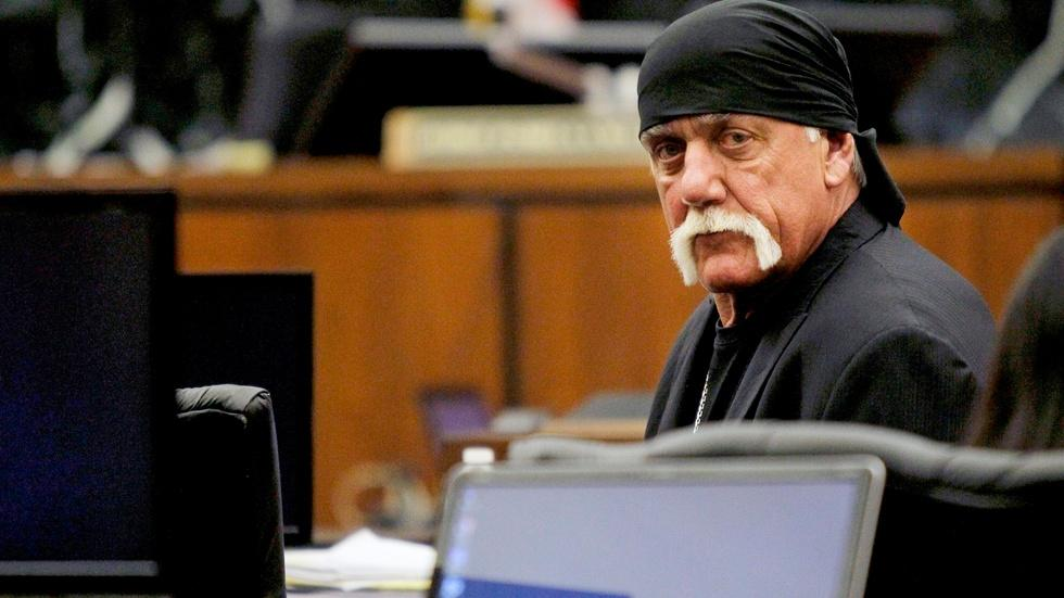 Hulk Hogan, media ethics and the battling Internet moguls image