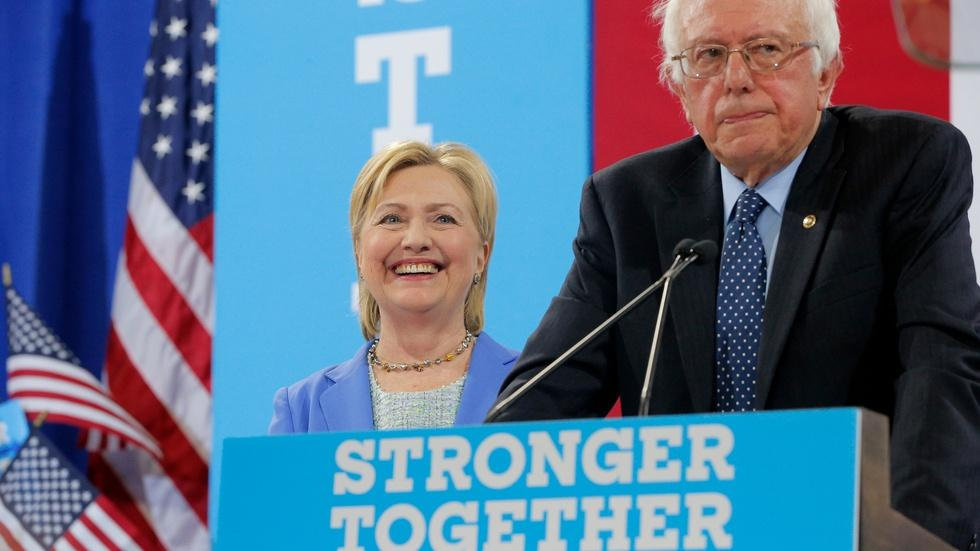 Sanders' long and winding road to backing Clinton image