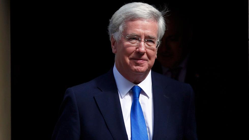 UK defense secretary on momentum in defeating ISIS image
