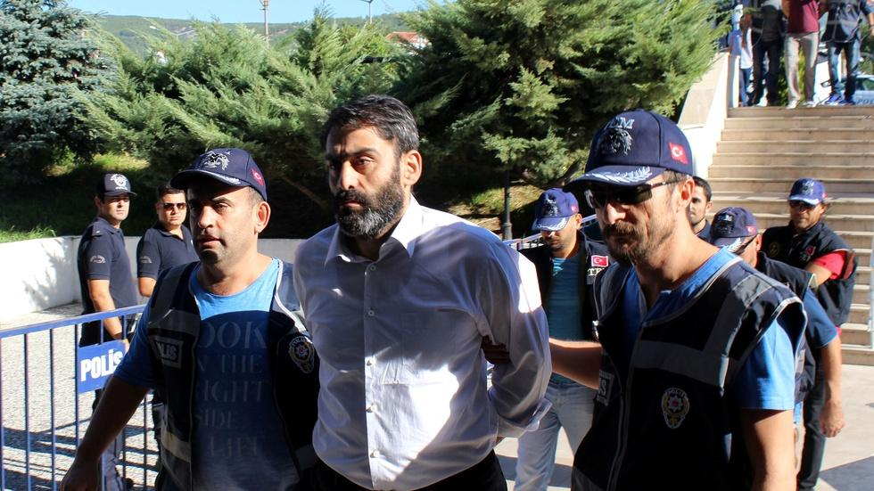 News Wrap: Turkey reshuffles prisons to house coup arrests image