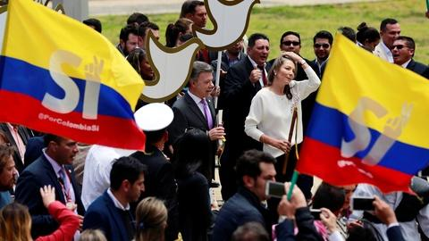 PBS NewsHour -- Colombian deal with FARC would end decades of conflict