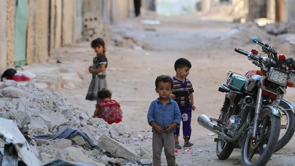 News Wrap: Skies over Aleppo fall silent amid cease-fire image