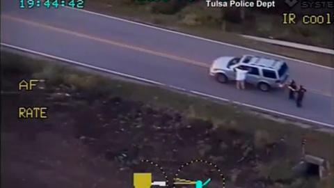 PBS NewsHour -- Police shooting of Terence Crutcher may test Tulsa tensions