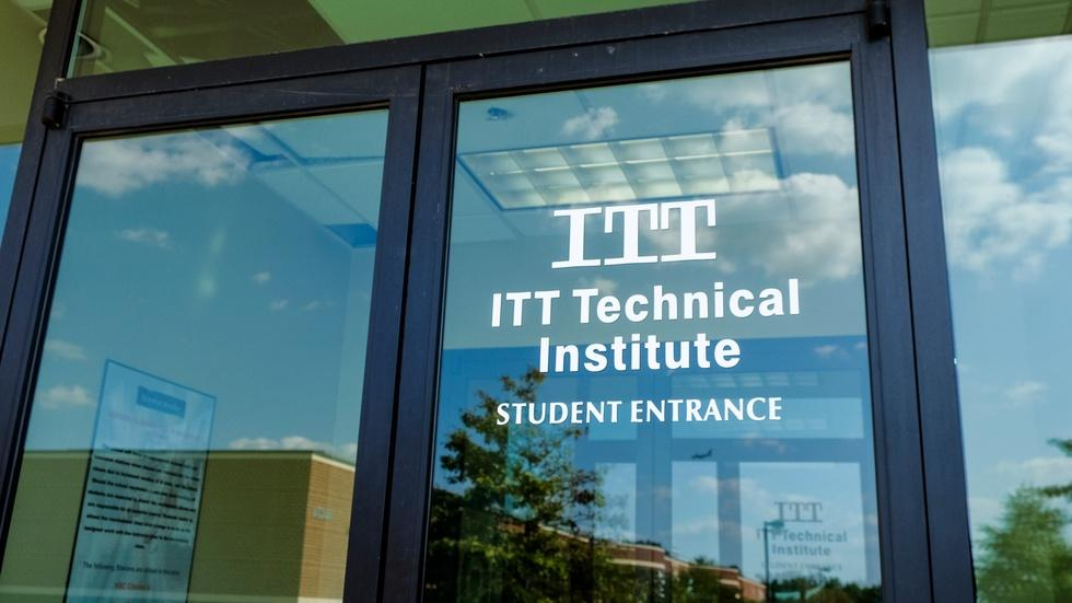 ITT Tech students fall victim to for-profit failures image