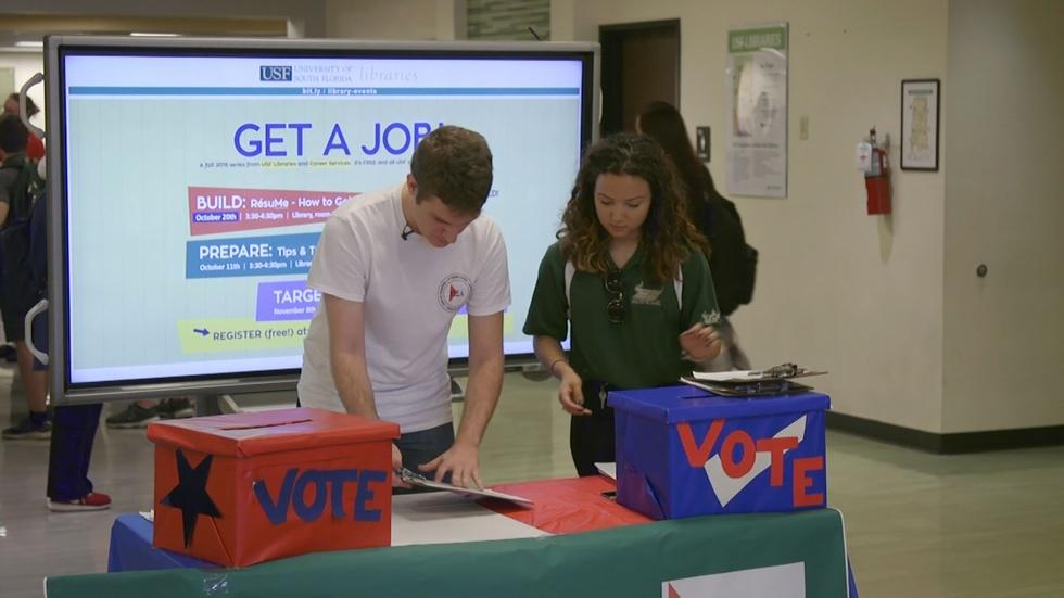 As election nears, candidates court millennials image