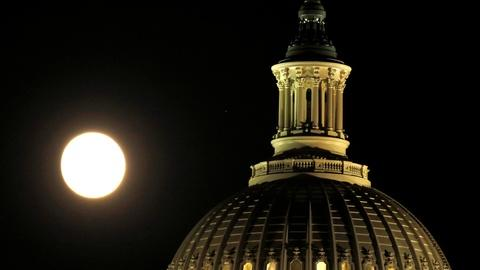 PBS NewsHour -- Capitol dome's 3-year facelift unveiled