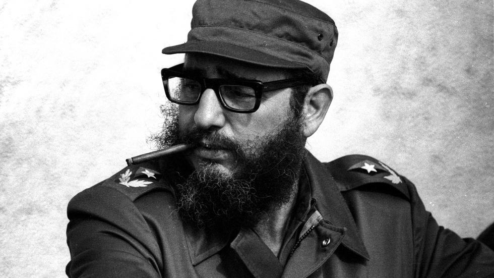 Fidel Castro, who led Cuba for a half-century, dies at 90 image