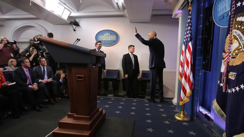Obama ties Putin to Russian cyberattacks image