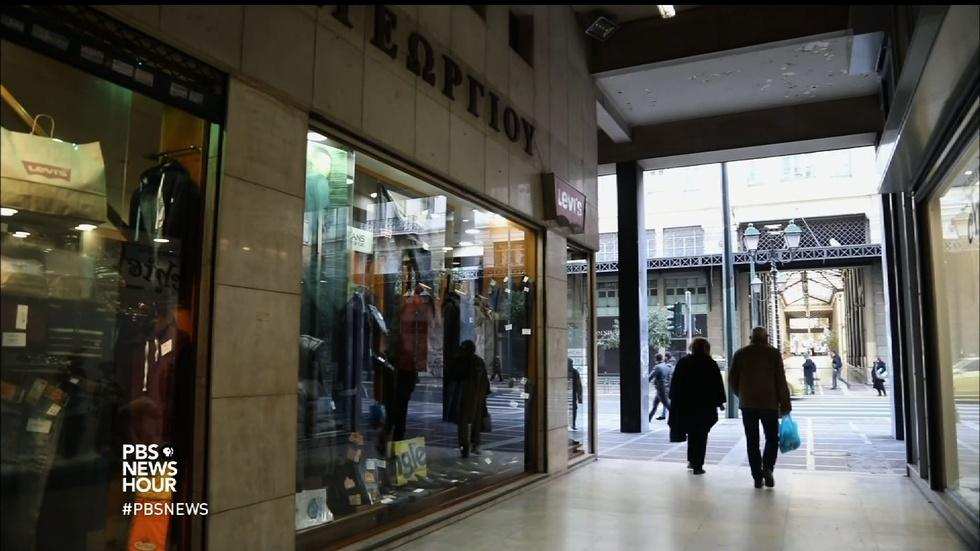 Why shopping on Sunday is so controversial in Greece image
