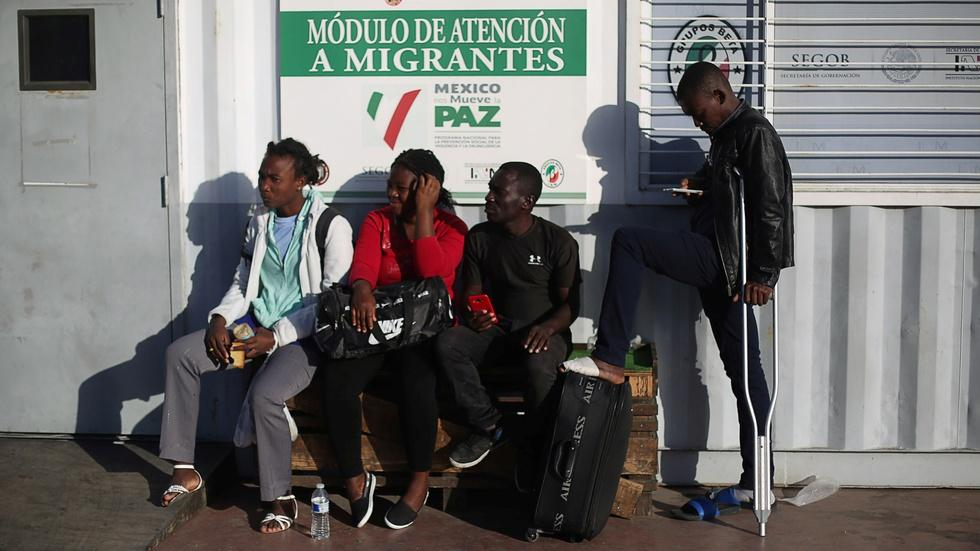 Tijuana welcomes Haitian immigrants stuck at U.S. border image