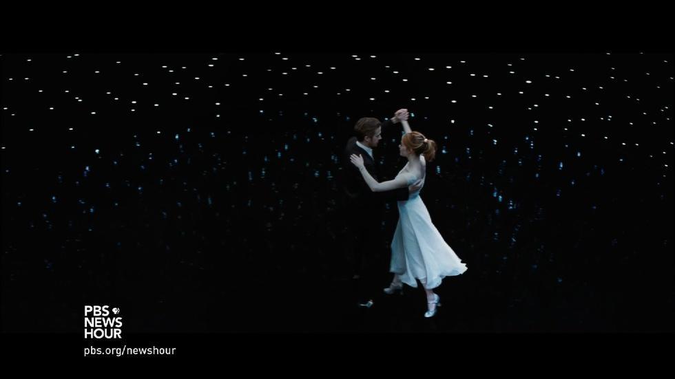 'La La Land' gets nostalgic for classic Hollywood musicals image