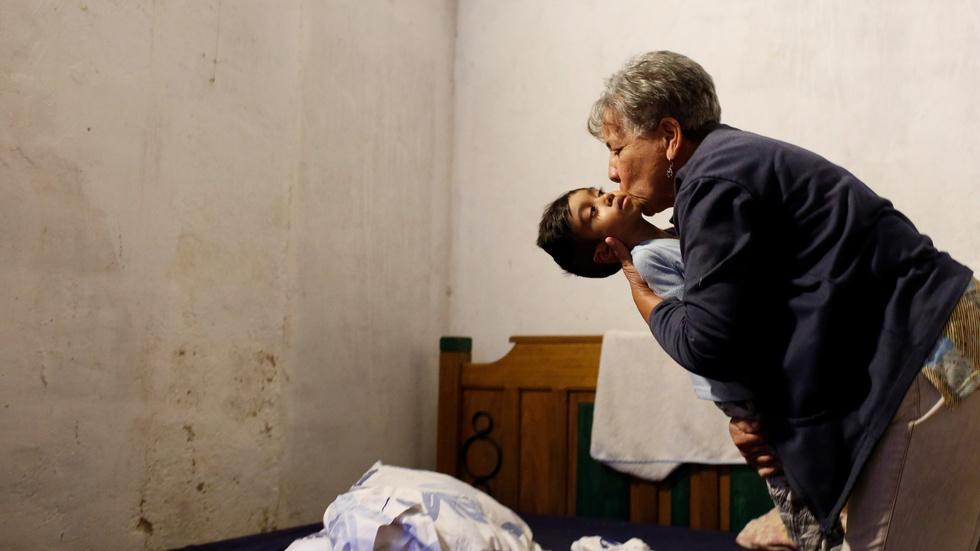 Venezuela hospitals face crisis as meds run low image