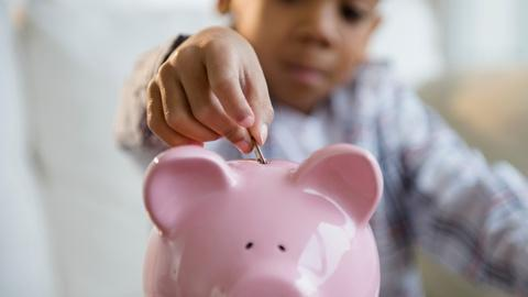 PBS NewsHour -- The best ways to teach your little kids about money