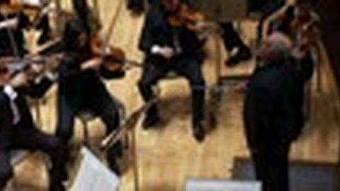PBS NewsHour -- Orchestra Brings Together Israelis and Arabs For Common Goal