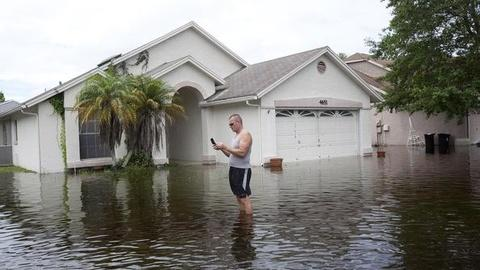 PBS NewsHour -- Tropical Storm Debby Saturates Florida