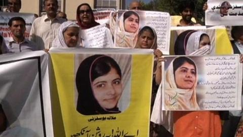 PBS NewsHour -- Pakastanis Protest in Support of Yousafzai