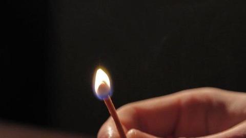 PBS NewsHour -- Alan Alda Attacks Jargon in 'Flame Challenge