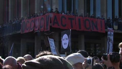 PBS NewsHour -- Berkeley Students, 'Occupy Oakland' Protesters Join Forces