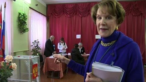 PBS NewsHour -- A Tour of Russia's Polling Sites