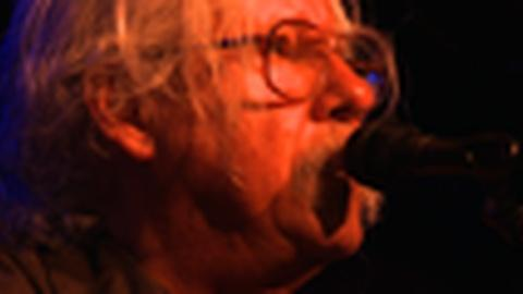 PBS NewsHour -- Arlo Guthrie at the Birchmere