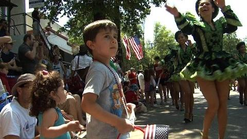 PBS NewsHour -- U.S. Observes Sultry Fourth of July
