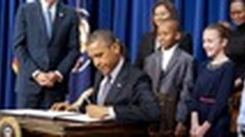 PBS NewsHour -- President Obama Unveils Ambitious 23-Point Gun Control Plan