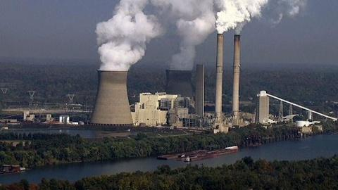 PBS NewsHour -- Should Courts or EPA Regulate Greenhouse Gases?
