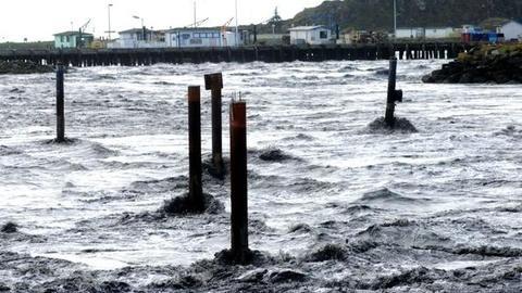 PBS NewsHour -- Along U.S. West Coast, Tsunami Warnings Heeded Amid Some...
