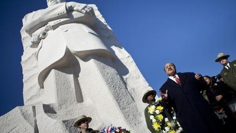 PBS NewsHour -- On this MLK Day, Righting the Rhetoric on King's Memorial