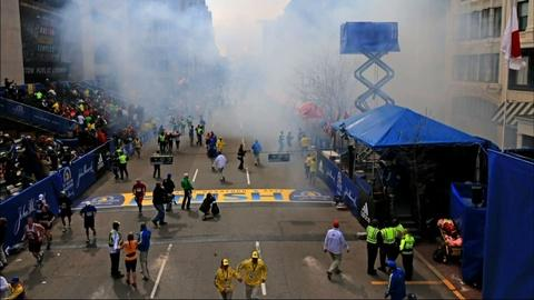 PBS NewsHour -- Reporting on Boston Bombing Leads to Conflicting Answers