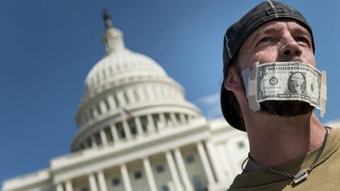 PBS NewsHour -- How long before shutdown has major impact on the economy?