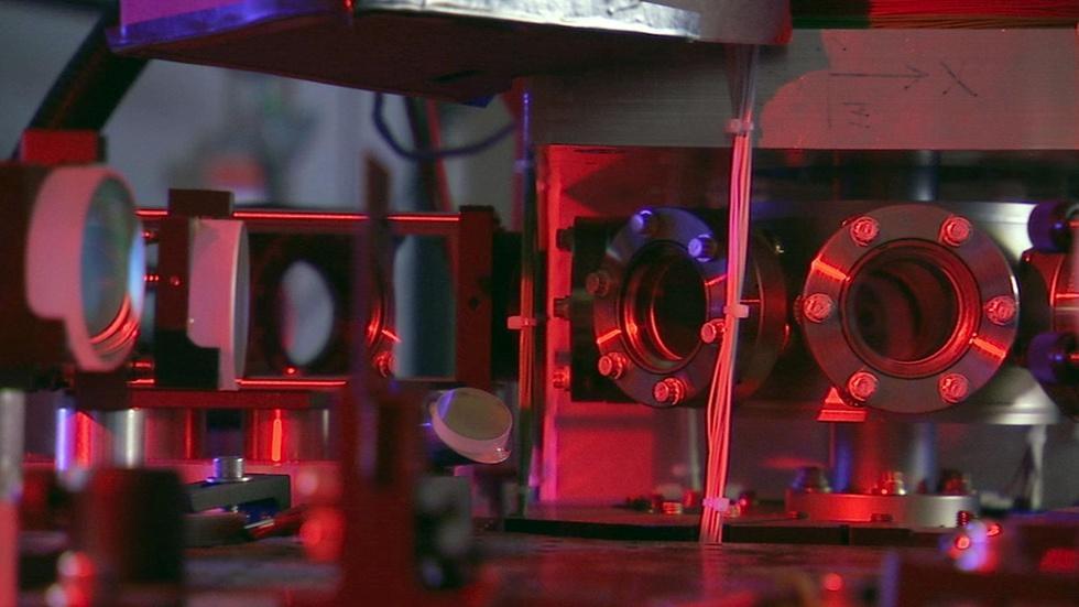 The Amazing Atomic Clock image