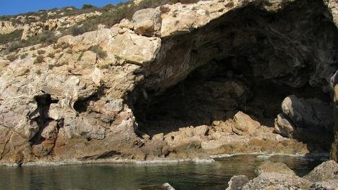 NOVA -- S40 Ep2: A Neanderthal Burial