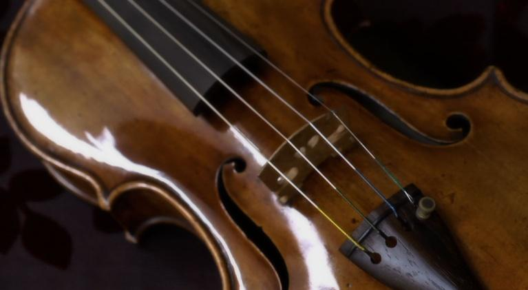 Orchestra of Exiles: The Stolen Stradivarius Violin