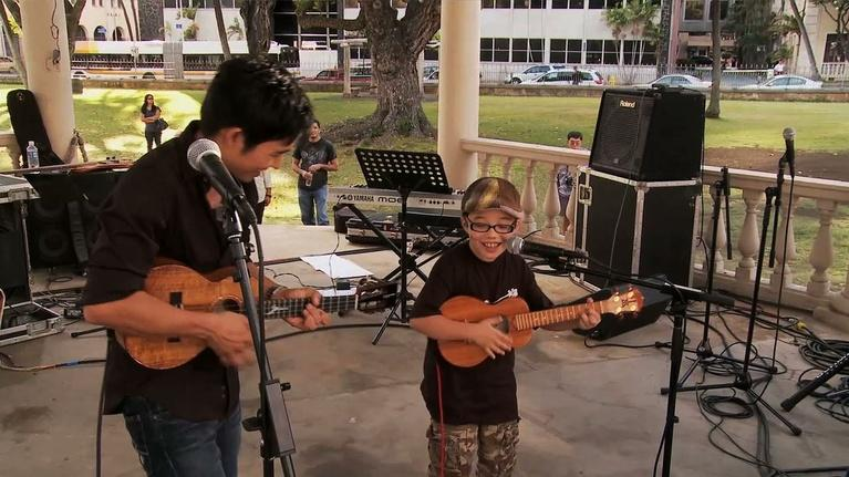 Jake Shimabukuro: Life On Four Strings: Aidan and Jake