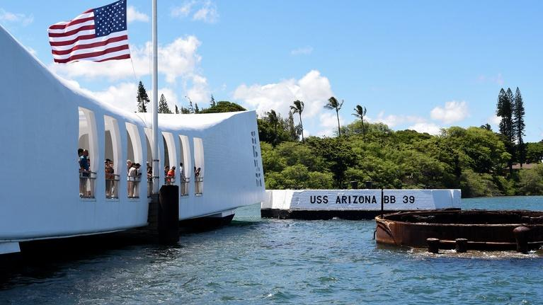 Pearl Harbor - Into the Arizona: Official Trailer