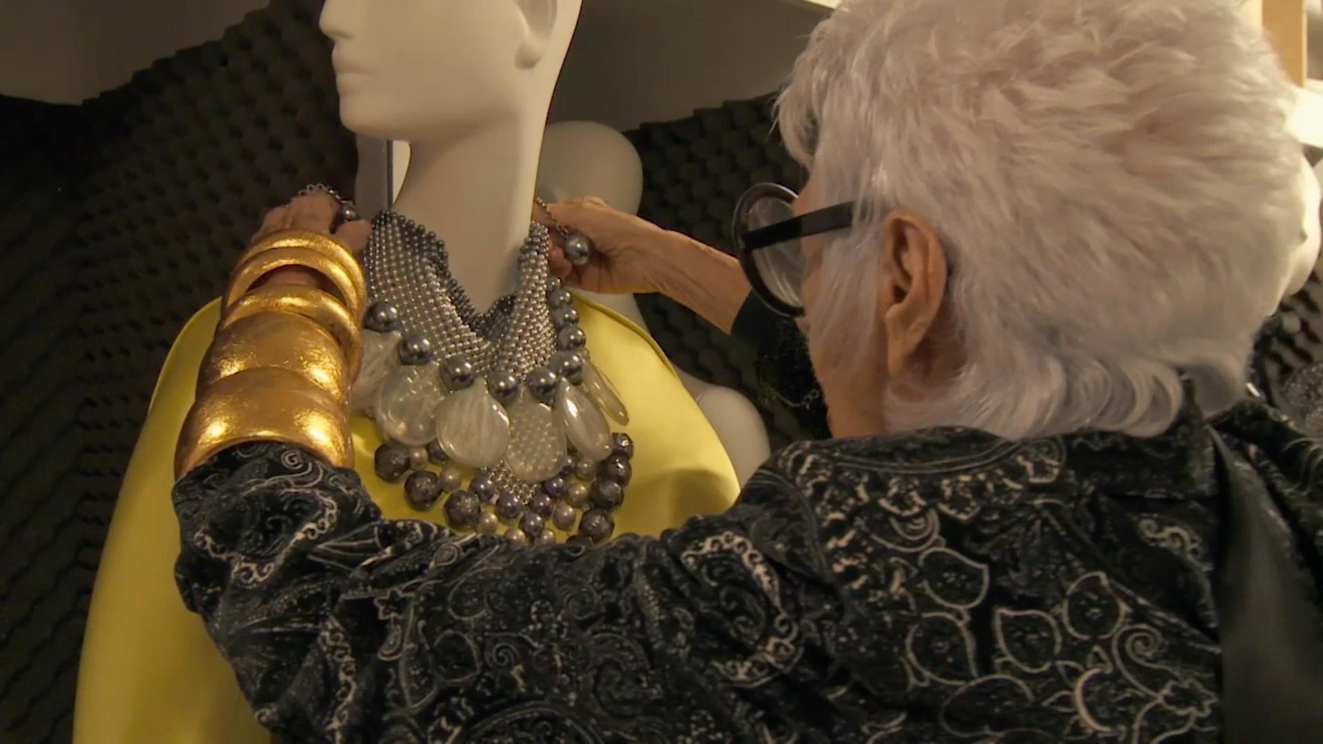Iris: Rare Bird of Fashion