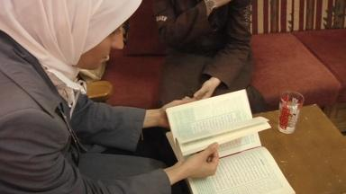 The Light in Her Eyes: Teaching the Qur'an