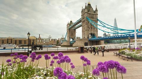 Rick Steves' Europe -- London: Mod and Trad