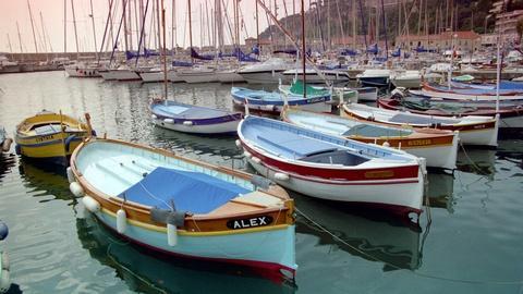 S3 E9: French Riviera: Uniquely Chic