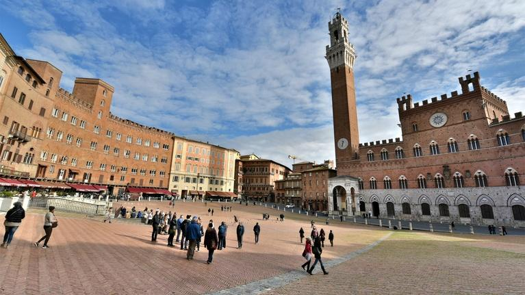 Rick Steves' Europe: Siena and Tuscany's Wine Country
