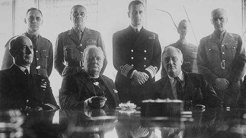 S2 E6: La causa común (1939-1944)