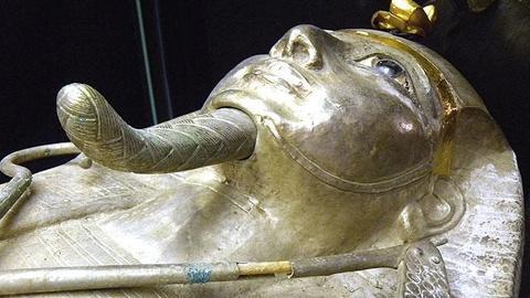 S10 E1: The Silver Pharaoh Preview