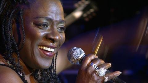 "Sharon Jones Sings ""I'll Still Be True"""